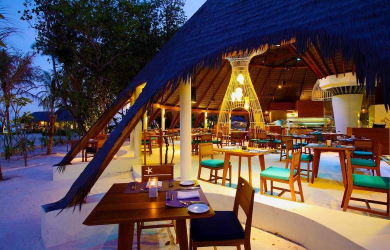 Centara Ras Fushi Resort & Spa Maldives - Restaurant - 25