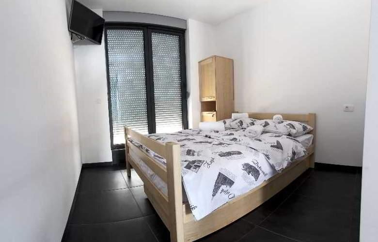 Hostel Moving - Room - 16