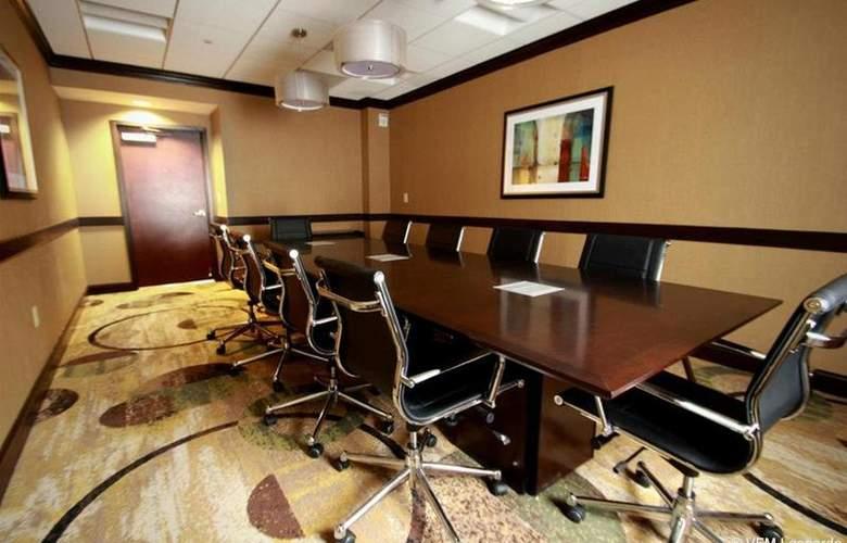 Holiday Inn Express Philadelphia Penns Landing - Conference - 4