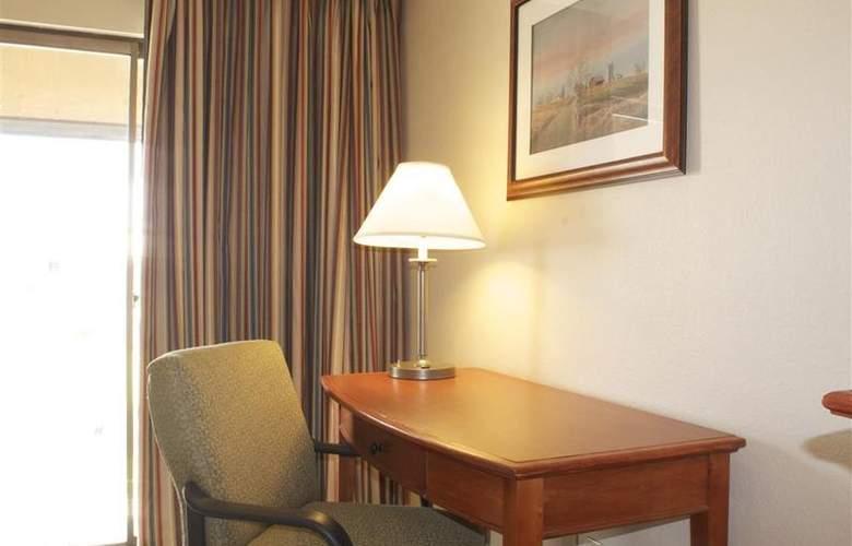 Best Western Plus Ahtanum Inn - Room - 99