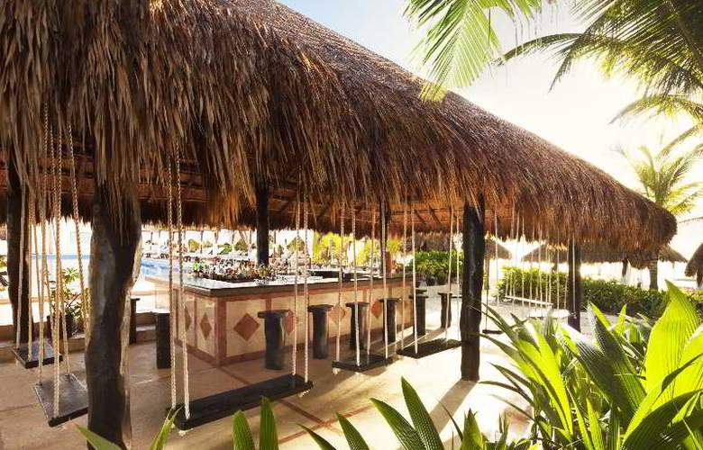 El Dorado Seaside Suites Gourmet All Inclusive - Bar - 7