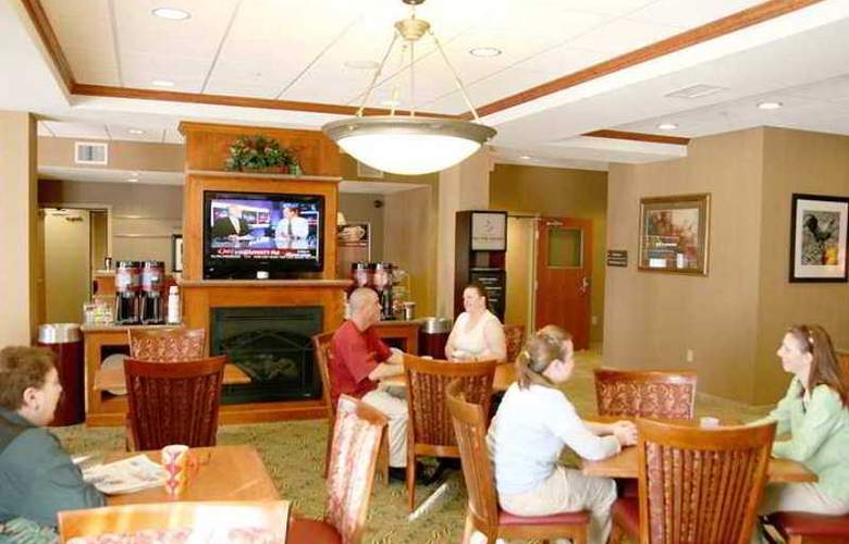 Hampton Inn Canon City - Hotel - 4