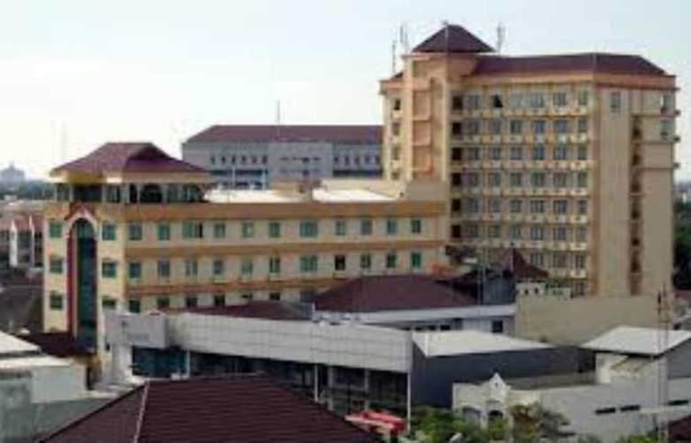 Pandanaran - Hotel - 3