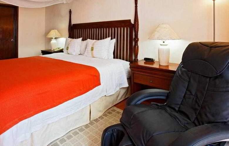 Holiday Inn Merida - Room - 24