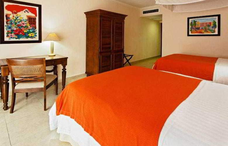 Holiday Inn Merida - Room - 21