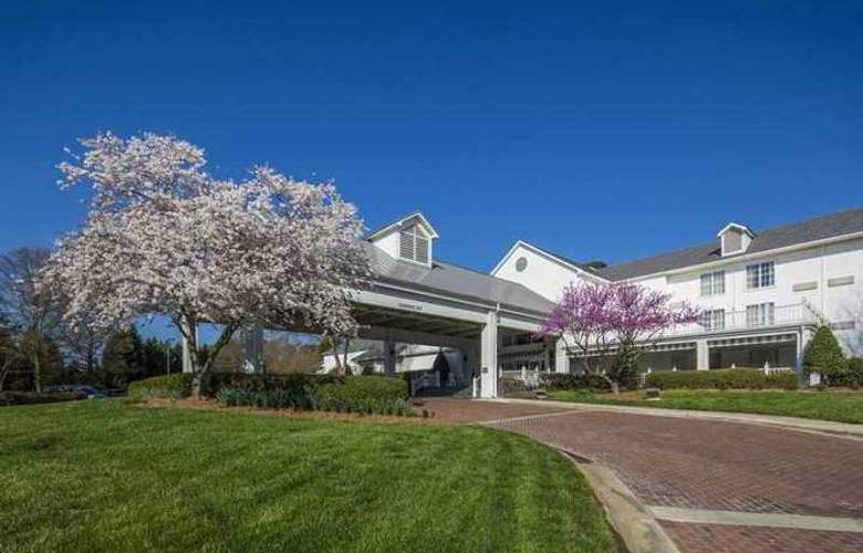 Hilton Raleigh-Durham Airport at Research - Hotel - 1