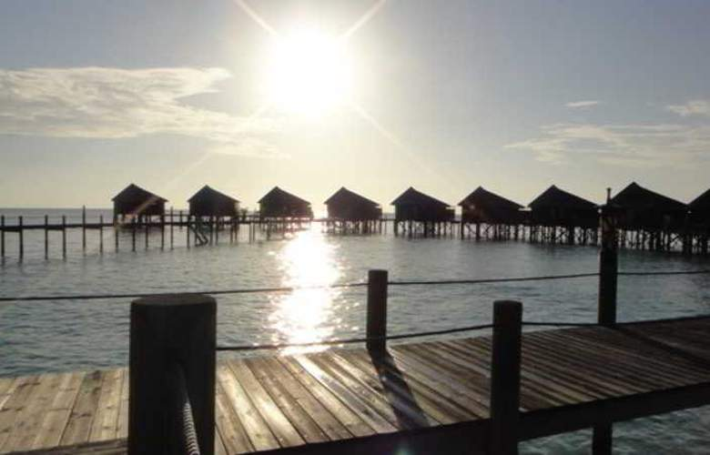 Komandoo Maldive Island Resort - Room - 9
