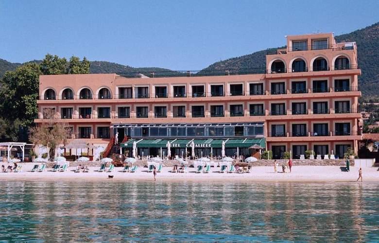 Cavaliere Sur Plage - Hotel - 0