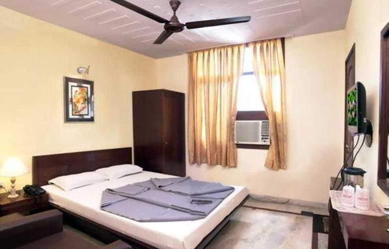 Swati - Room - 4