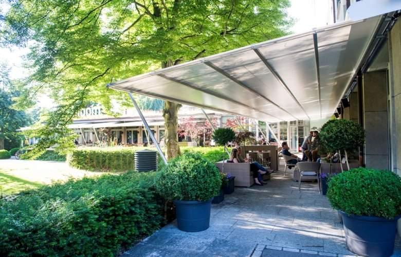 Park Hotel Winterthur Swiss Quality - Terrace - 11