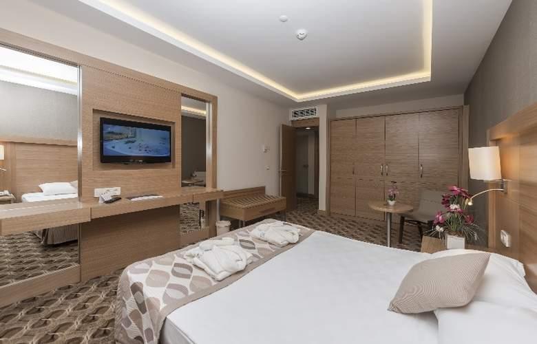 Belconti Resort - Room - 4