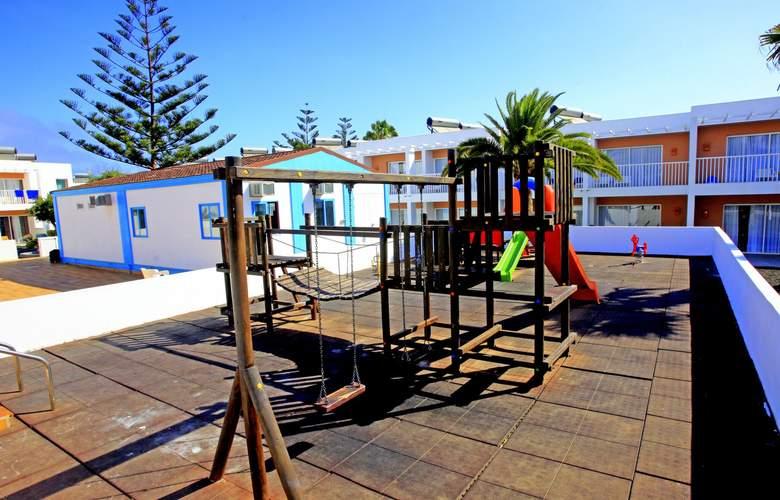 Bahia de Lobos - Services - 6