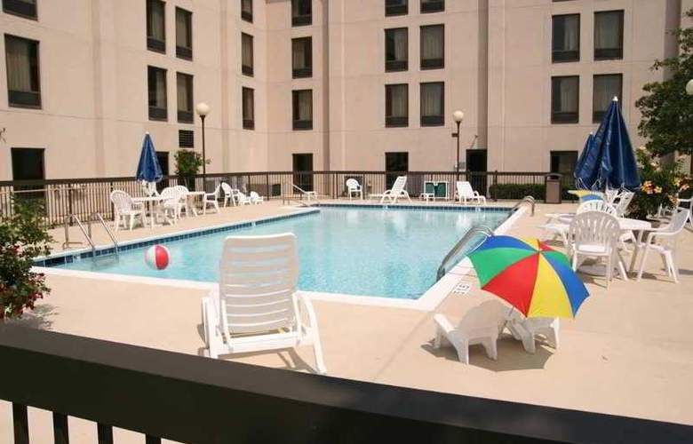 Hampton Inn Frankfort - Pool - 5