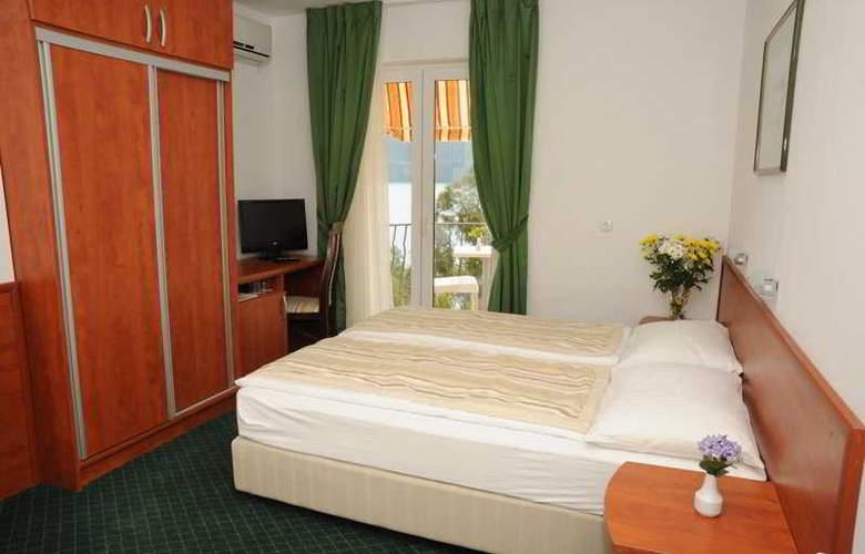 Villa Nova - Room - 1