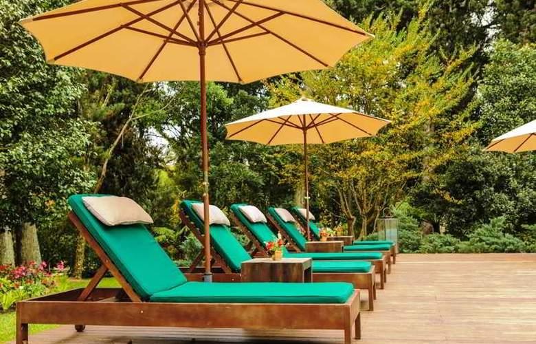 Bavaria Sport Hotel - Pool - 68