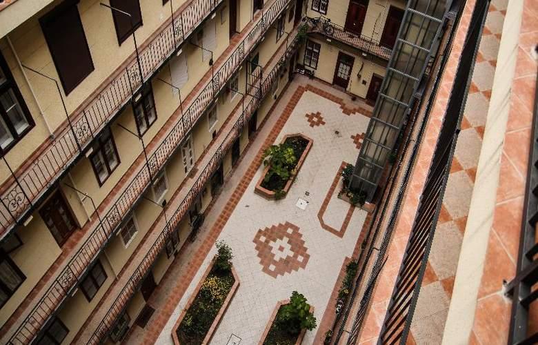 Silver Hotel Budapest - Hotel - 6