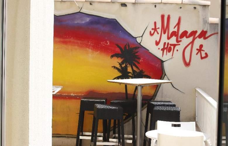 Feel Hostel Soho Malaga - Hotel - 1
