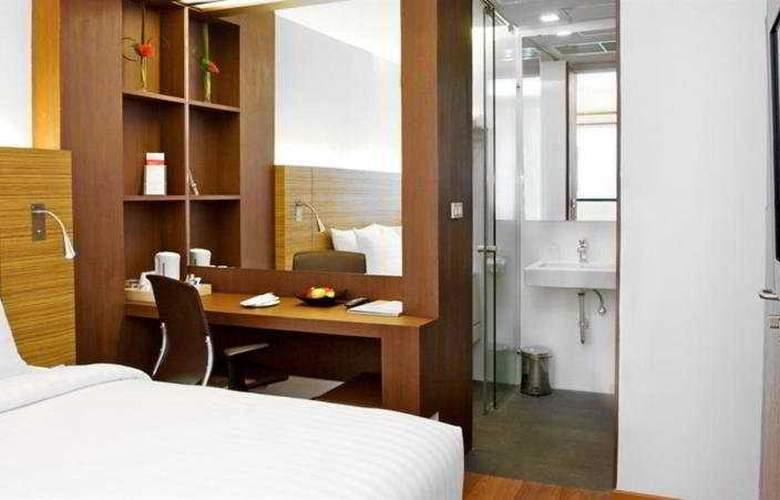 Sacha's Hotel Uno - Room - 4