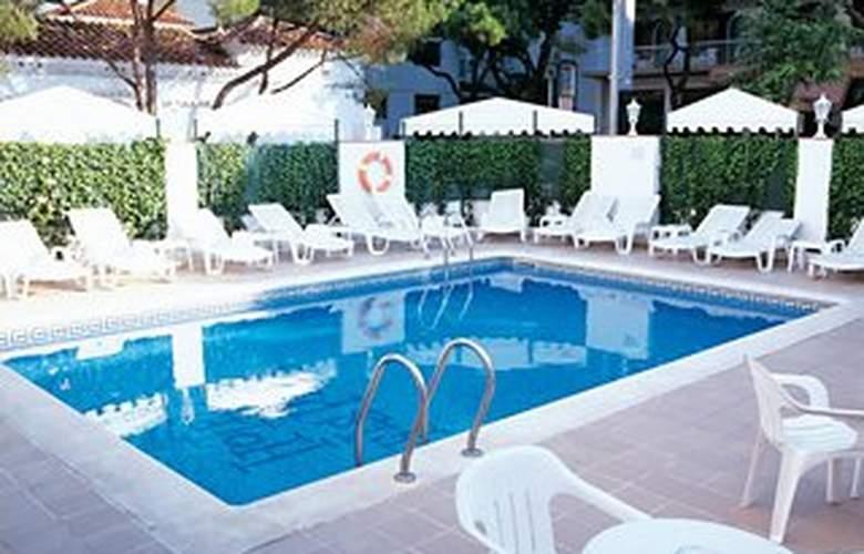 Els Pins - Pool - 8