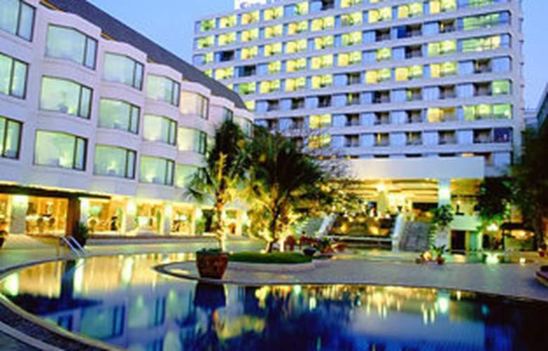 The Bayview Pattaya - Hotel - 0