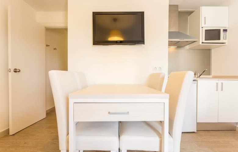 Hotel & Spa Ferrer Janeiro - Room - 13