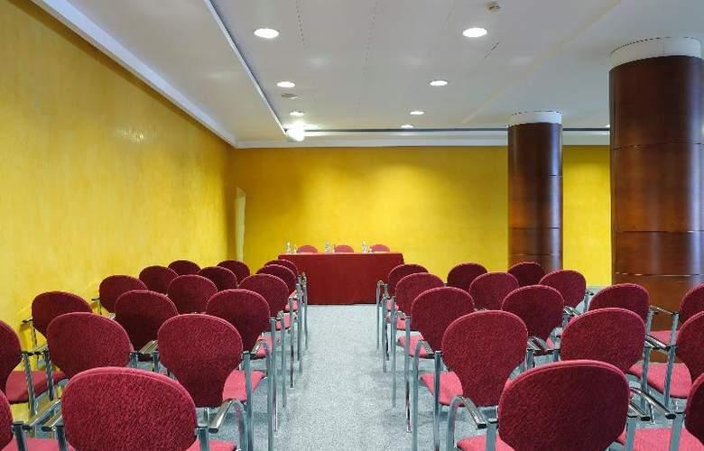 Tulip Inn Andorra Delfos - Conference - 27