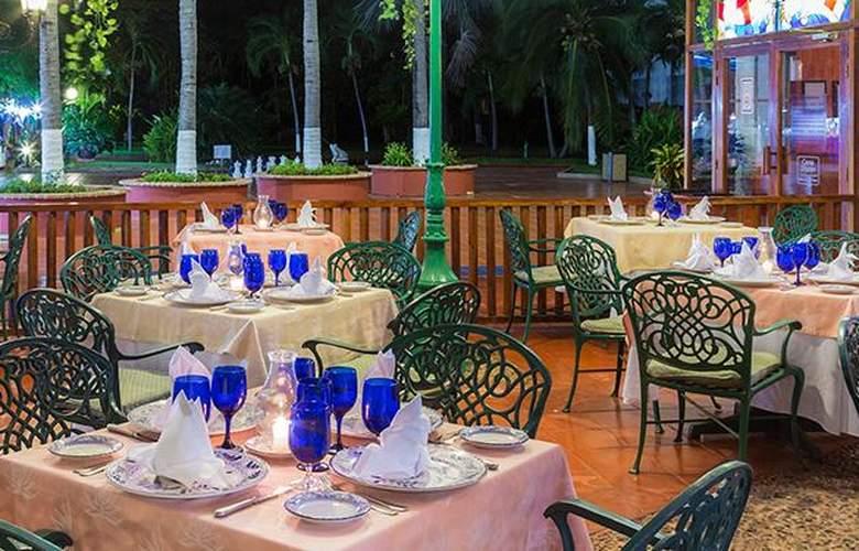 Meliá Puerto Vallarta - Restaurant - 30