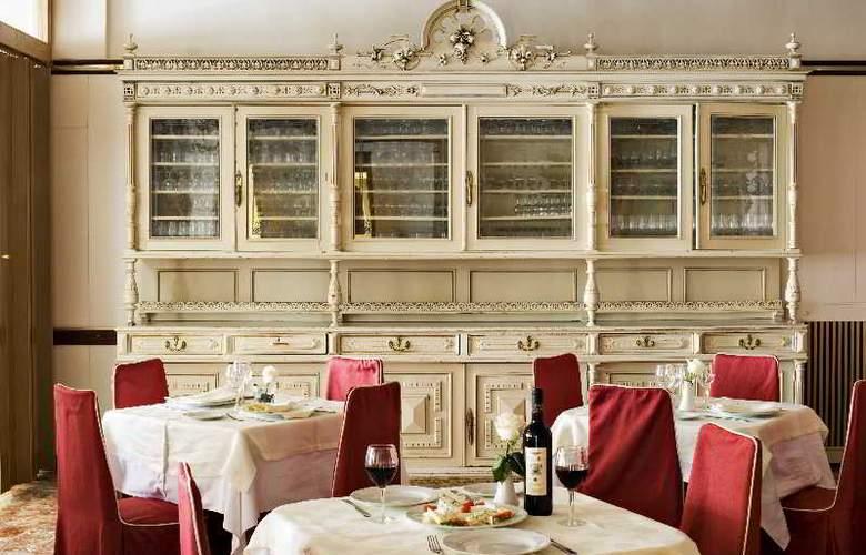 Roma - Restaurant - 8