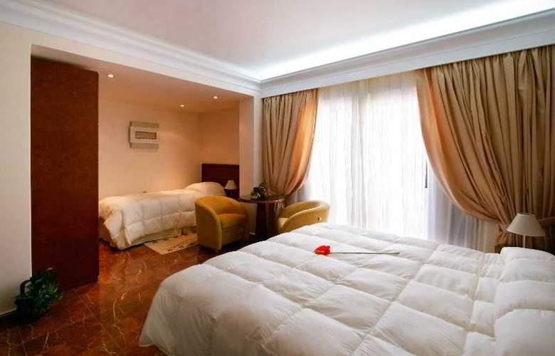 Porto Alegre - Room - 1