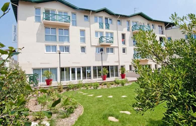 Pierre & Vacances Premium Residence Haguna  - Hotel - 6