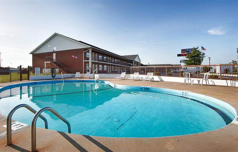 Best Western Raintree Inn - Pool - 159