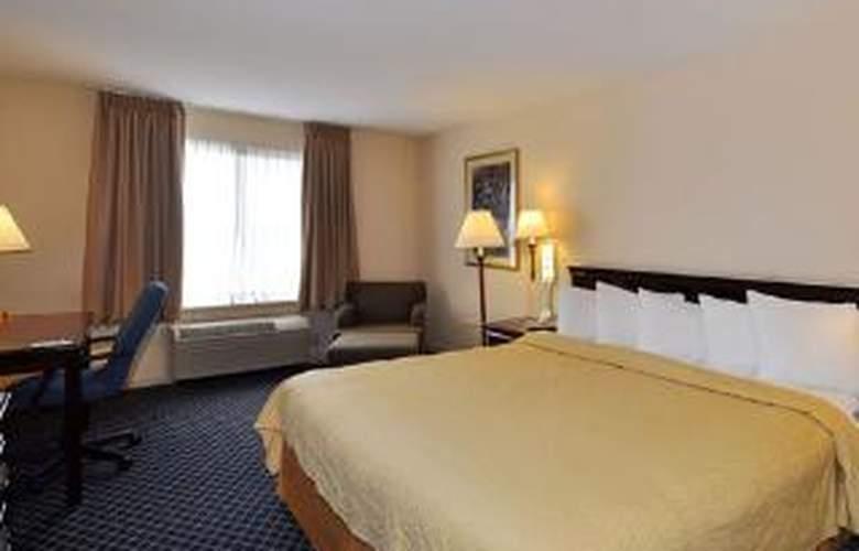 Quality Inn & Suites - Room - 3