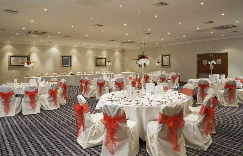 Holiday Inn Filton Bristol - Restaurant - 14