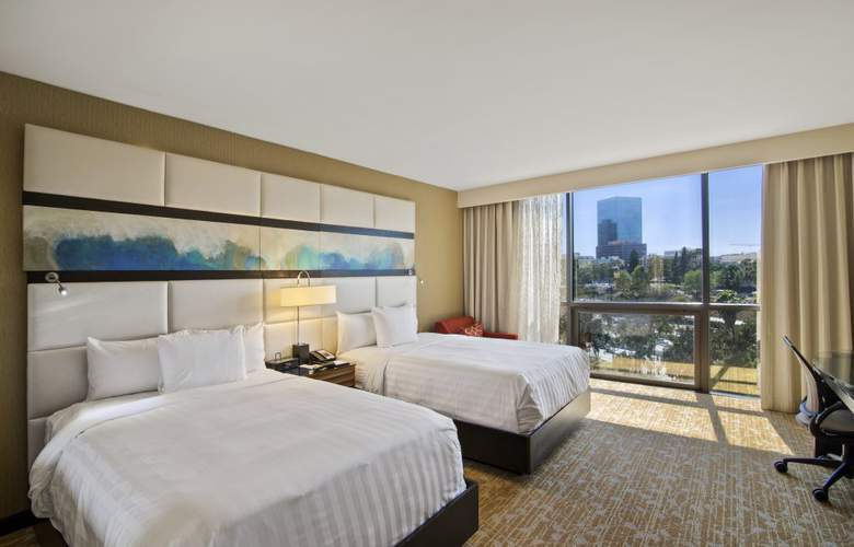 The L.A. Grand Downtown - Room - 6