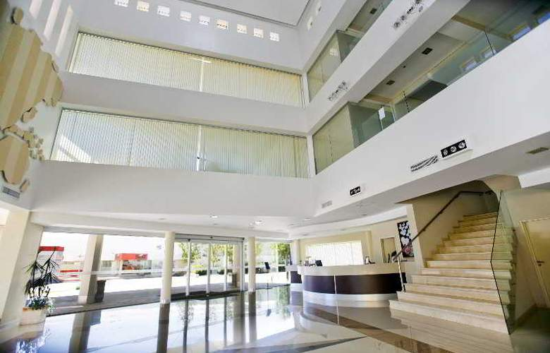 Quorum Cordoba Hotel: Golf, Tenis & Spa - General - 16