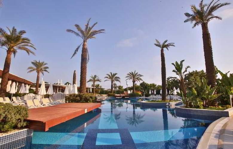 Evren Beach Resort - Pool - 20