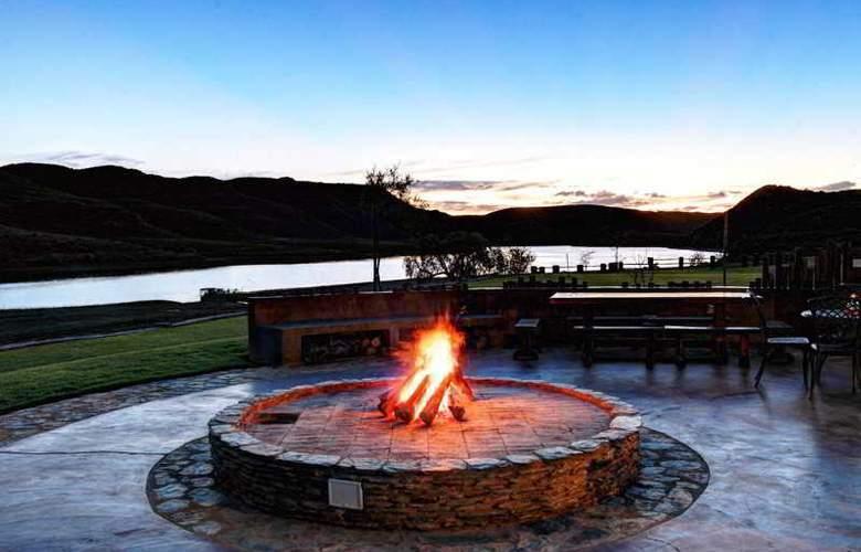 Madi Madi Karoo Safari Lodge - Hotel - 7