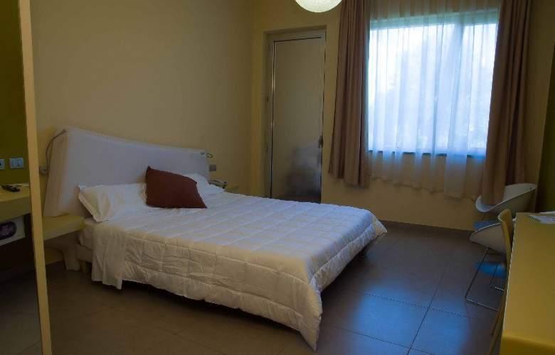 ibis Styles Catania Acireale - Room - 2