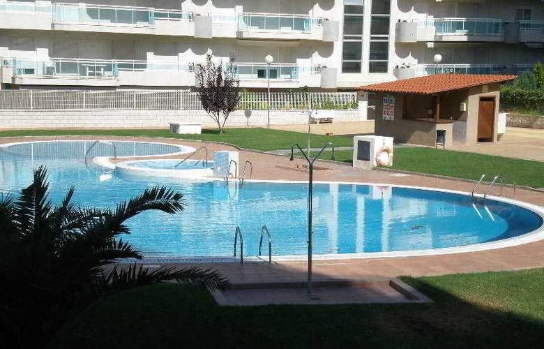 Larimarapt - Pool - 10