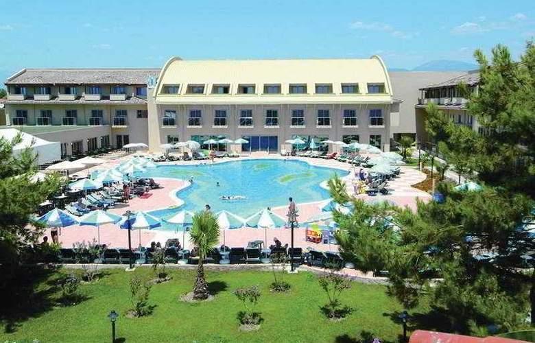 Club Hotel Nena - Pool - 4