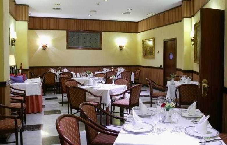 Monte Triana - Restaurant - 6