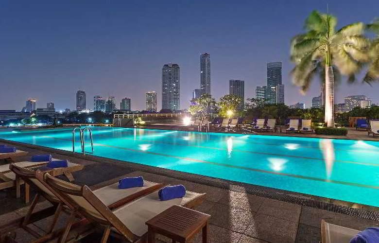 Chatrium Riverside Bangkok - Pool - 23