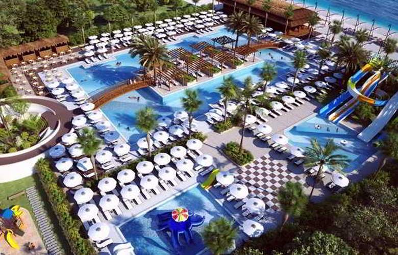 Quattro Beach Spa & Resort Hotel - Pool - 17