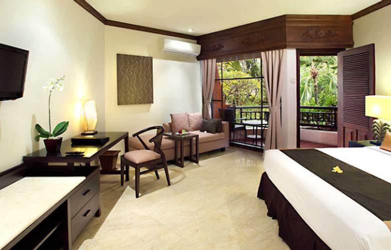 Sol Beach House Bali Benoa - Room - 17