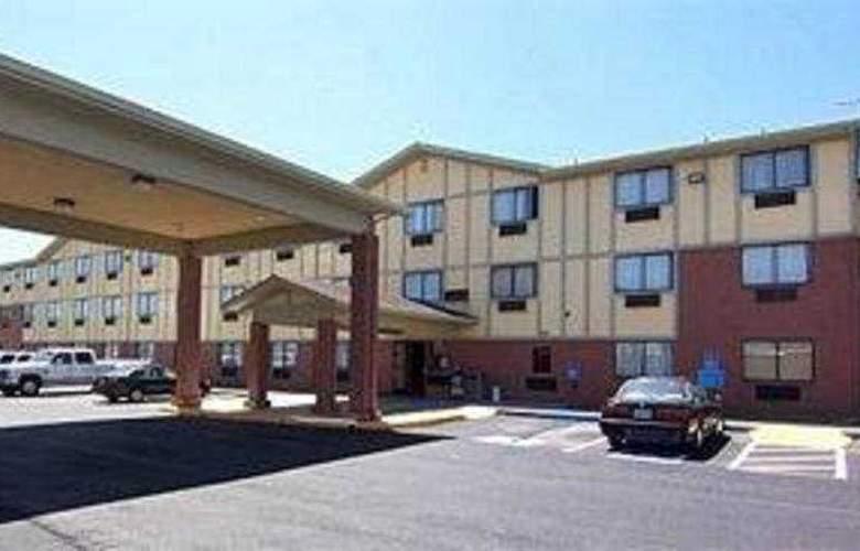 Americas Best Value Inn - Hayward - General - 1