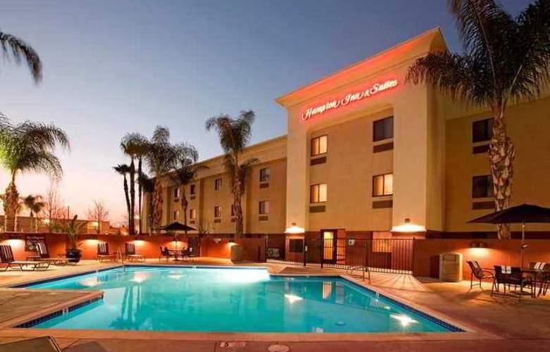 Arrowhead Inn & Suites - Hotel - 0