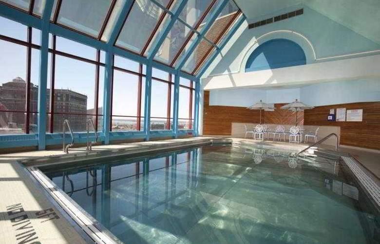 Hyatt Regency Buffalo - Pool - 5