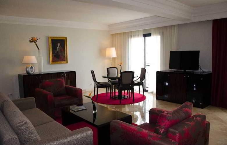 Paris Concorde - Room - 8