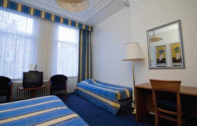 Aalders - Room - 3