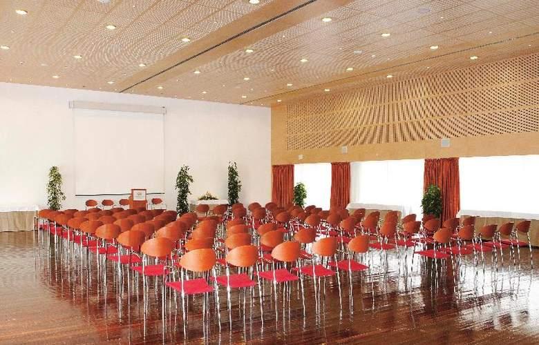 Grand Palladium Palace Ibiza Resort & Spa - Conference - 26